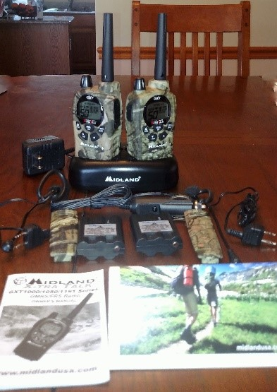 Midlan GXT1050VP4 Two Way Radio Wth Accessories