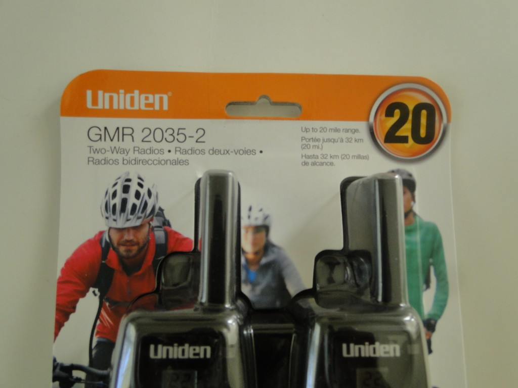 UNIDEN GMR2035-2 20-Mile 2-Way FRS GMRS Radios Close Up