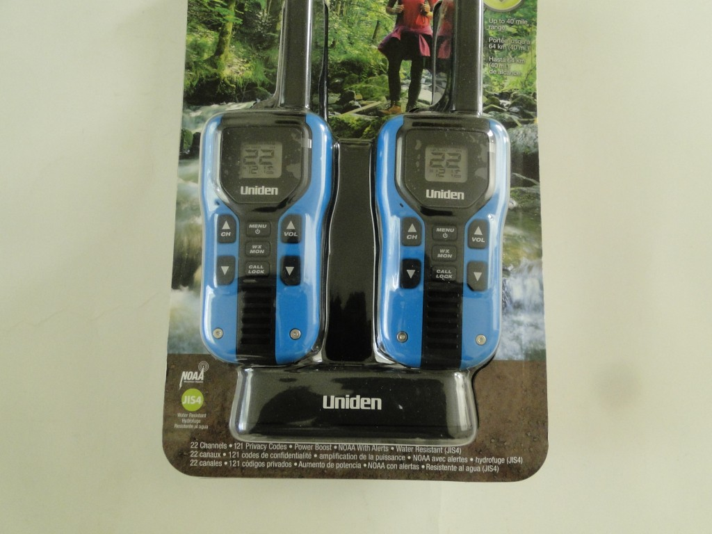 UNIDEN GMR4055-2CKHS 40-Mile 2-Way FRS/GMRS Radios with Headsets Close Up