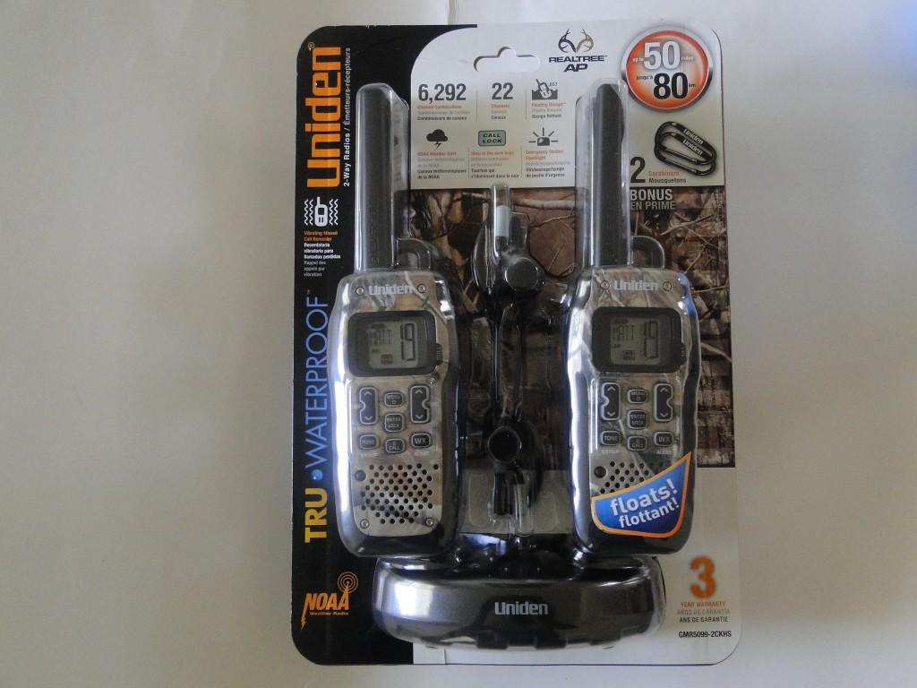waterproof two way radio Uniden GMR5099-2CKHS