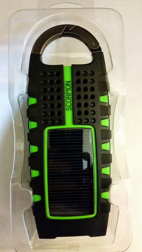 Etón SCORPION Solar Panel for charging