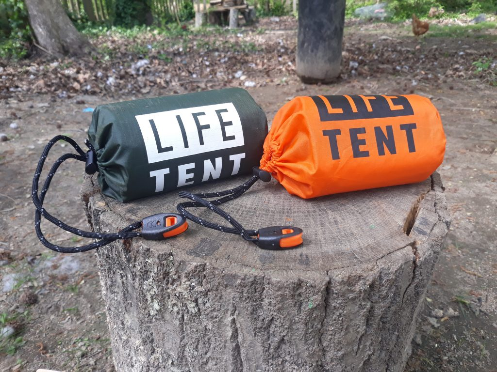 Life tent different colors