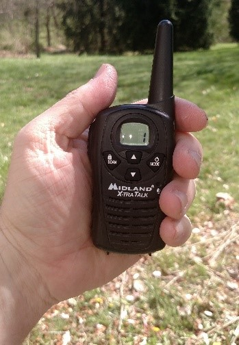 Using MIDLAND LXT118 18-Mile GMRS Two Way Radio