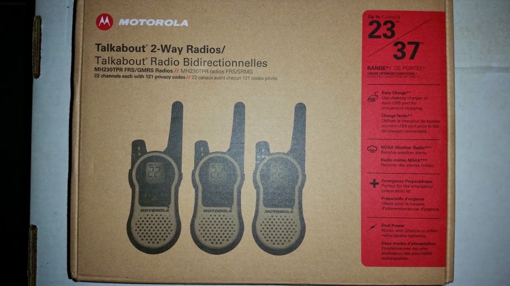Motorola Talkabout MH230 Two Way Radio Package